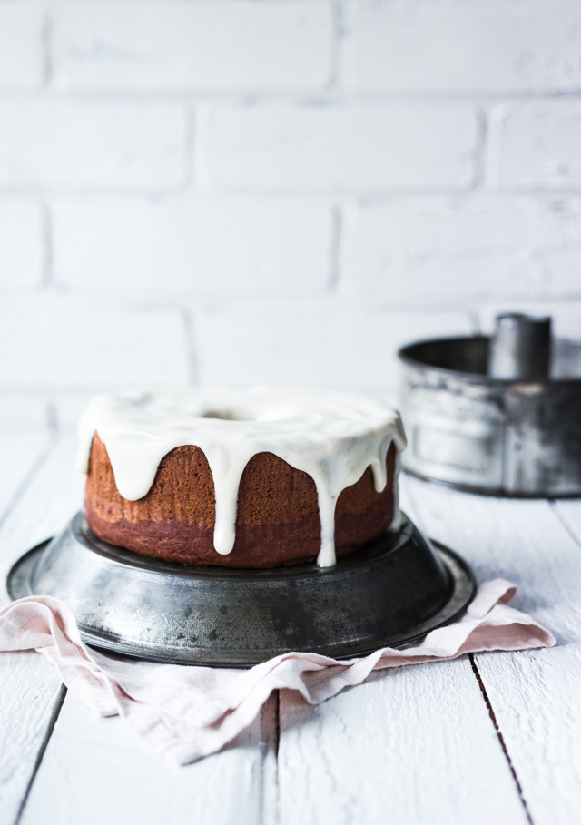 Banana and butternut squash Bundt Cake with Maple and Cardamom Glaze | christelleisflabbergasting.com