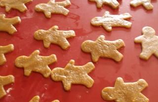 http://www.christelleisflabbergasting.com/wp-content/uploads/thumbs/cookiesmen2.jpg.320x206.jpg